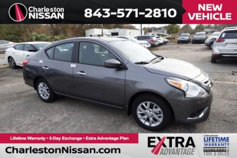 New 2017 Nissan Versa 1.6 SV FWD 4D Sedan