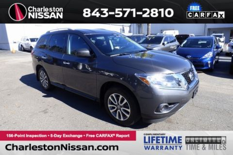 Pre-Owned 2014 Nissan Pathfinder SV 4WD